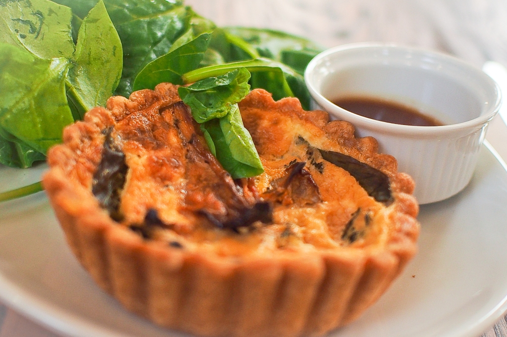 Quiche and Salad. (Photo taken by Elfi Yang.)