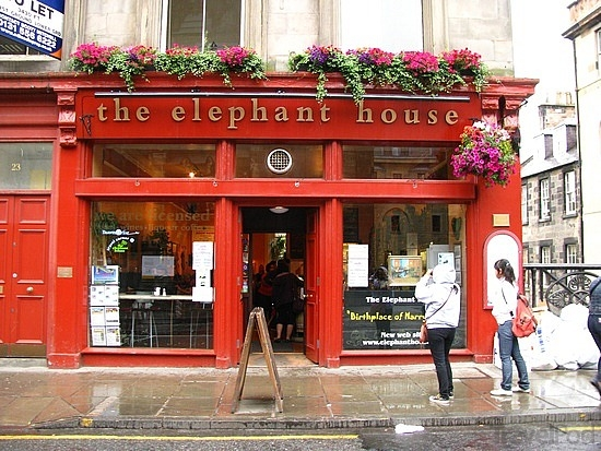 the-elephant-house-home-of-harry-potter-longhoughton