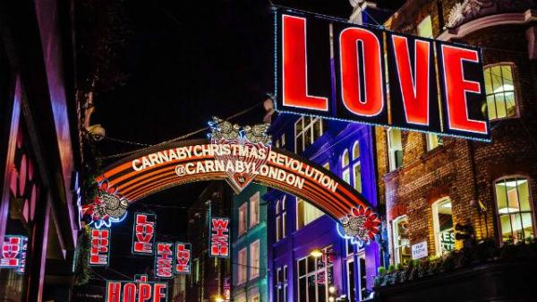 carnaby-christmas-lights_carnaby-christmas-lights-2016_92bc1d7be404673890f3508340408620