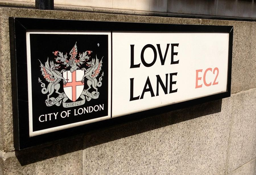 love-lane-london-england-lois-ivancin-tavaf