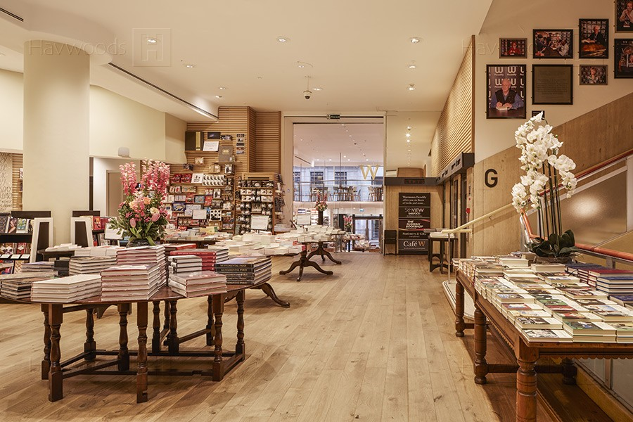 HW3884-Waterstones-Piccadilly-900px-05